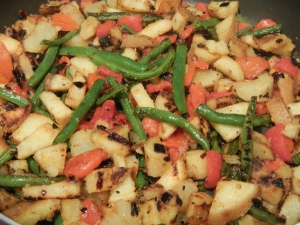Sweet Potato Hash With Roasted Red Pepper
